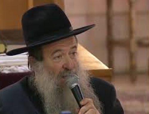 RAV YAAKOV SITRUK, RAV ARIEL BIJAOUI, RAV DAVID MENACHE – LE SEDER DE PESSAH – 2010 – DEBAT 5